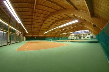 Tennis hall directly in the hotel